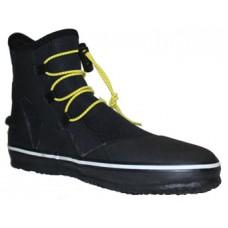 Elastic laces boots